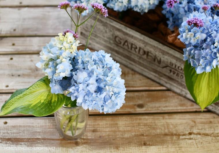 Easy flower arranging method using a long box or planter! | ©homeiswheretheboatis.net #flowers #hydrangeas