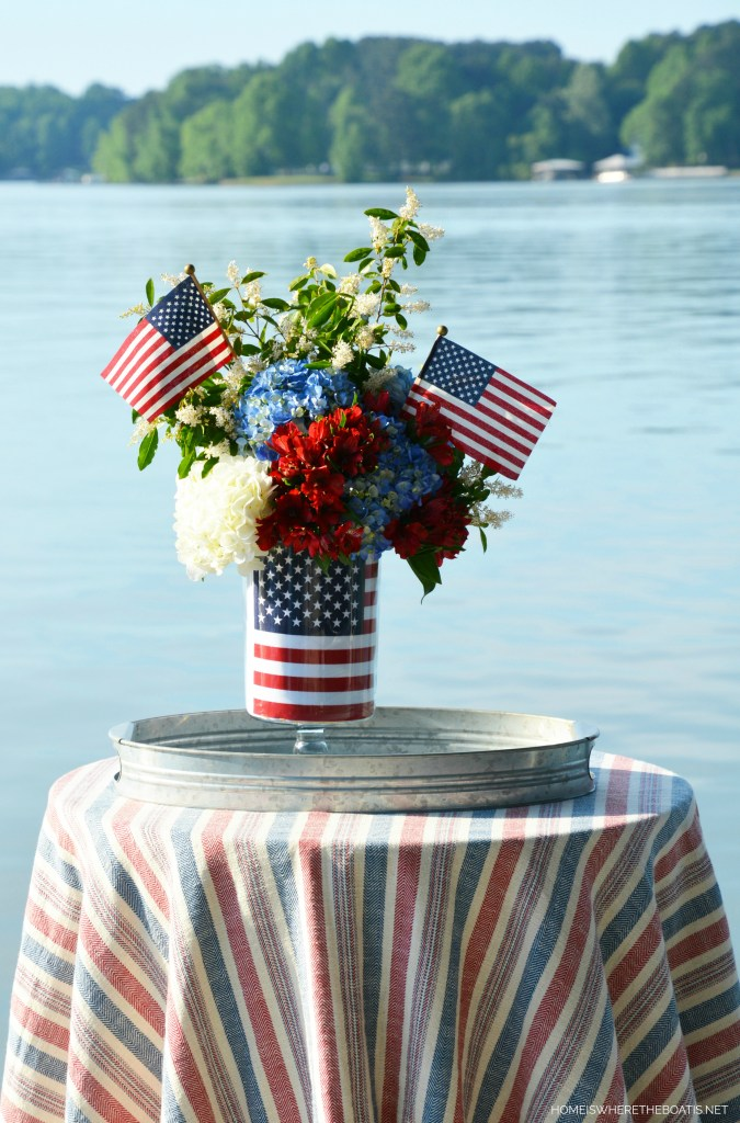Patriotic Flower Arrangement with an American Flag | ©homeiswheretheboatis.net #patriotic #flowers #4thofJuly