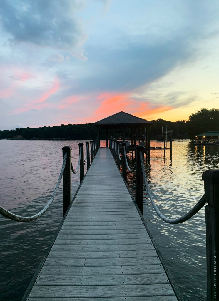 Sunset dock view Lake Norman | ©homeiswheretheboatis.net #LKN