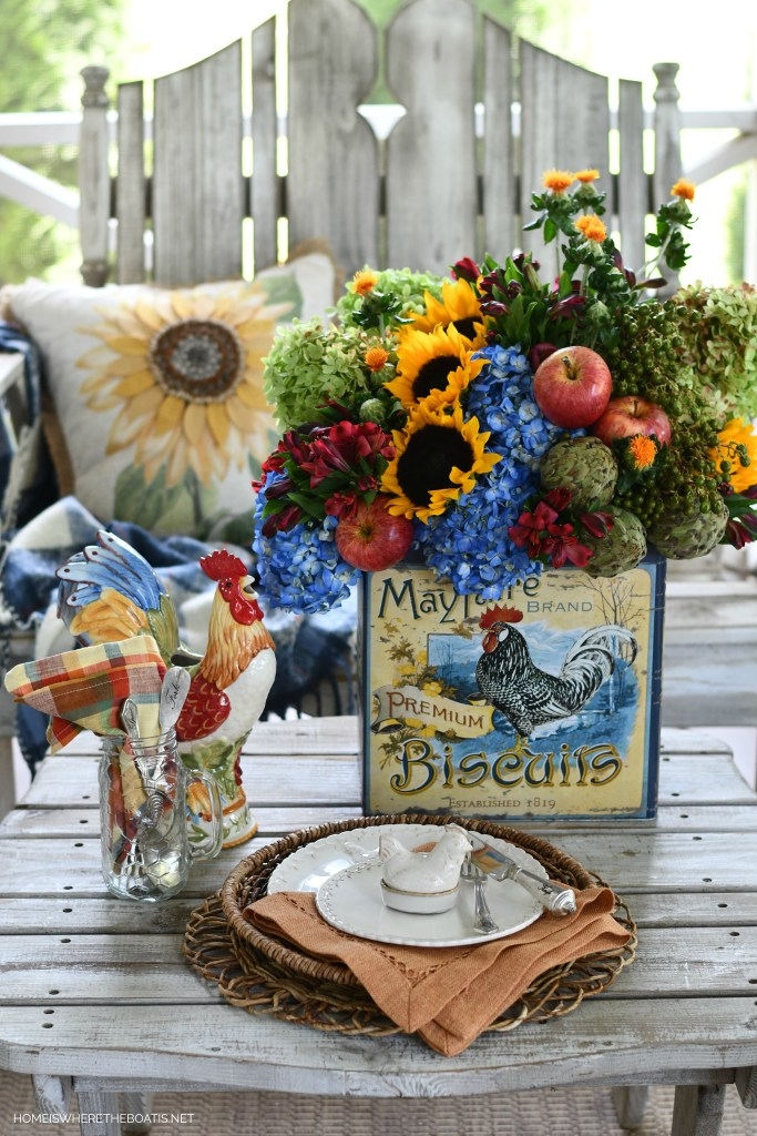 A Sunny Transition Flower Arrangement + Crowing with Delight | ©homeiswheretheboatis.net #hydrangeas #sunflowers #rooster