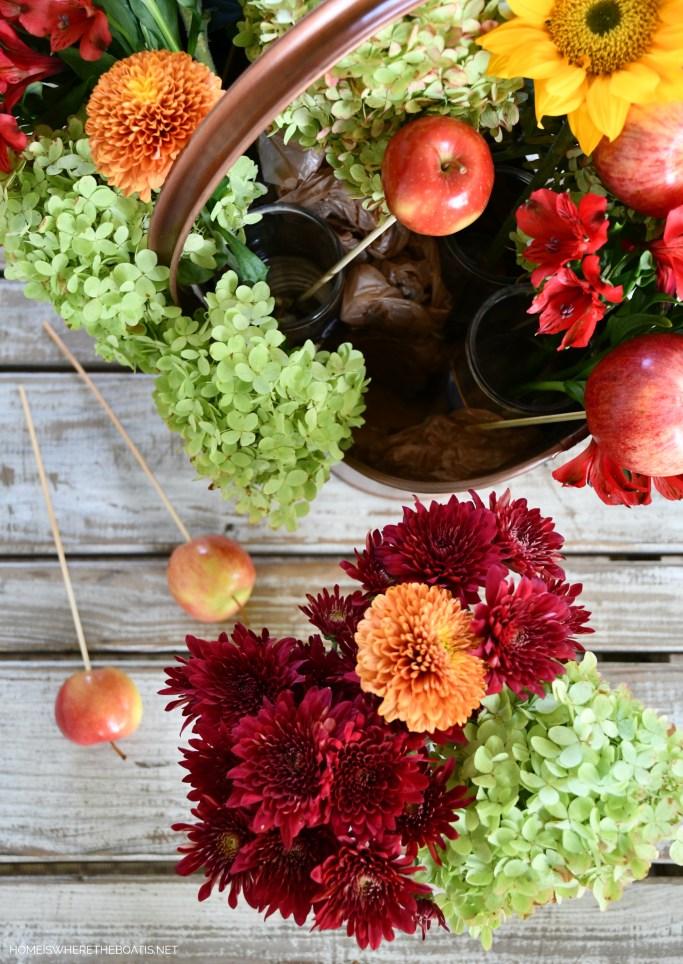Easy method for flower arranging! | ©homeiswheretheboatis.net
