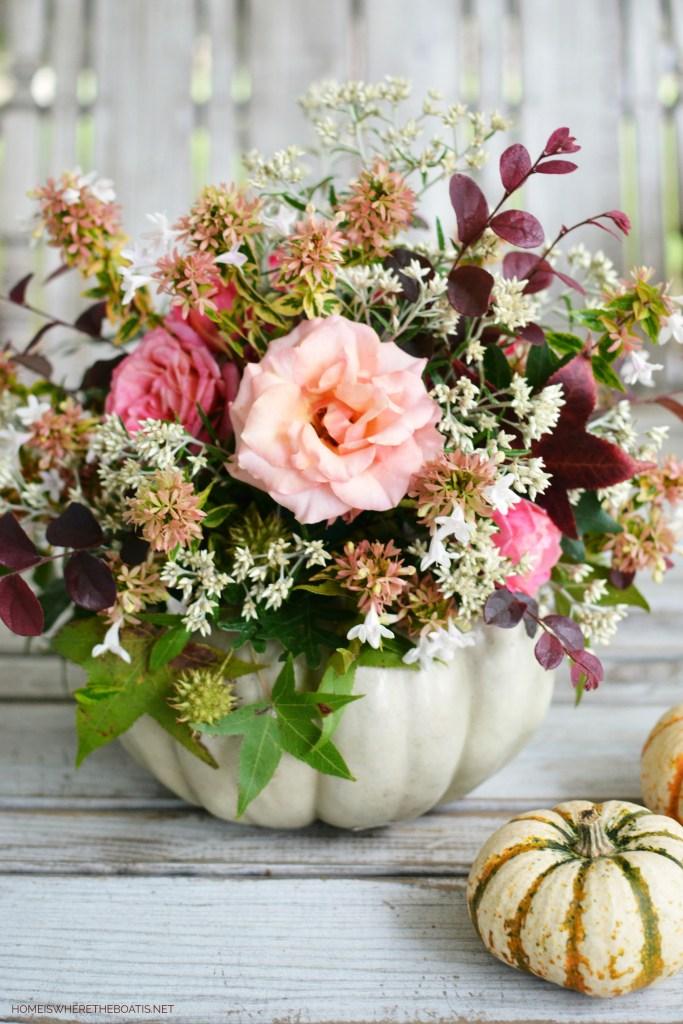 DIY Blooming Pumpkin Method   ©homeiswheretheboatis.net #pumpkinvase #flowers #DIY