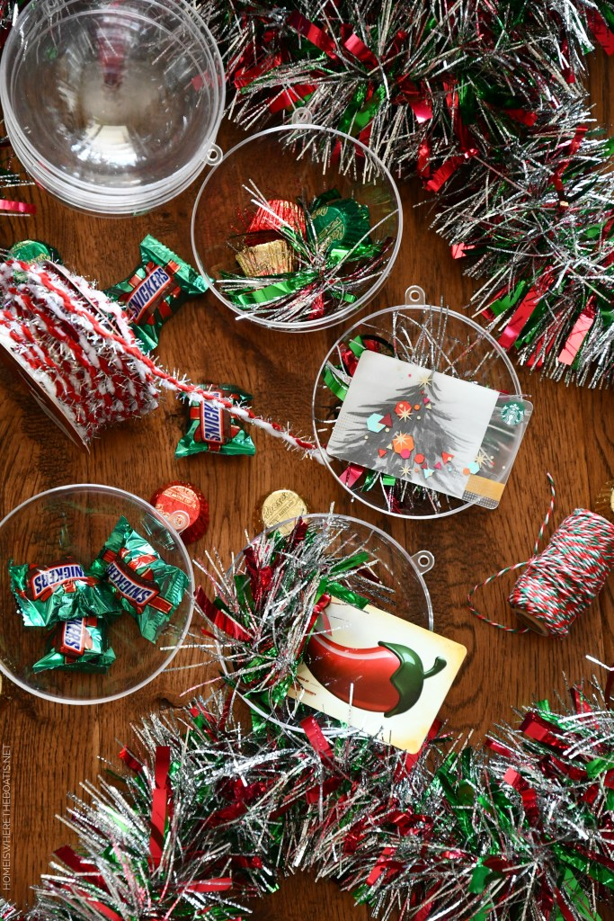 Easy and Festive Gift Card Ornaments | ©homeiswheretheboatis.net #christmas #giftwrap #ornament #DIY