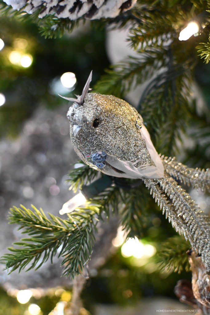 Bird ornament and winter nesting tree | ©homeiswheretheboatis.net