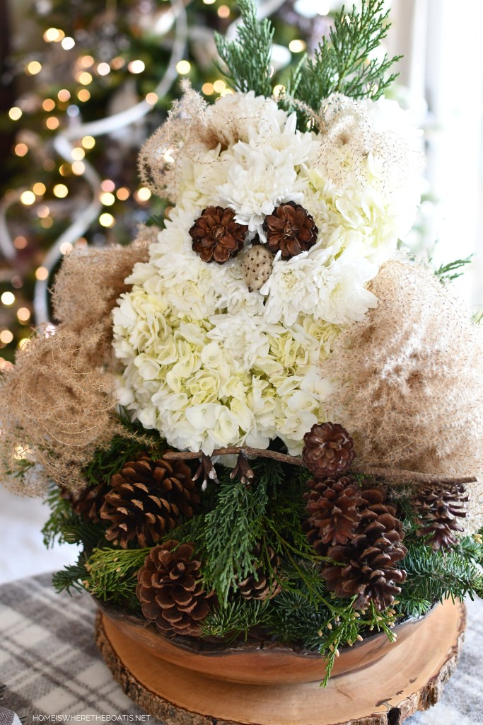DIY Owl Flower Centerpiece and Table | ©homeiswheretheboatis.net