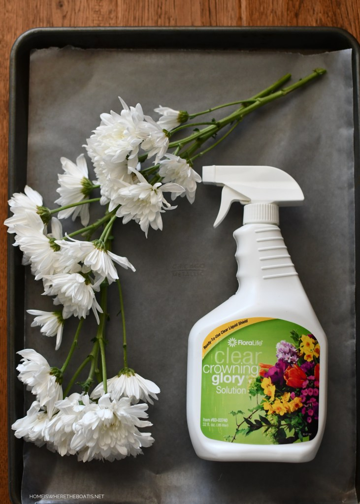 Crowning Glory Floral Spray | ©homeiswheretheboatis.net