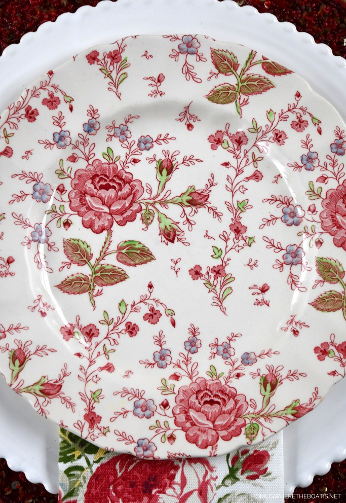 Johnson Brother Rose Chintz and Valentine's Day table | ©homeiswheretheboatis.net #valentinesday #tablescapes