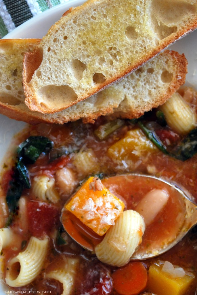 Ina Garten's Winter Minestrone Soup | ©homeiswheretheboatis.net #recipes #soup #winter