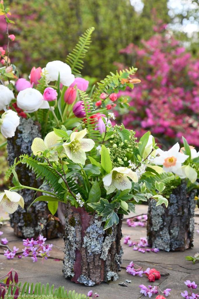 DIY Tree Bark Flower Vases | ©homeiswheretheboatis.net #diy #craft #flowers