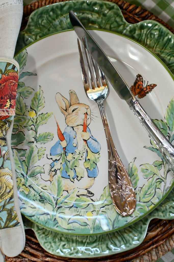 Peter Rabbit table in the Potting Shed | ©homeiswheretheboatis.net #spring #garden #tablescapes #peterrabbit