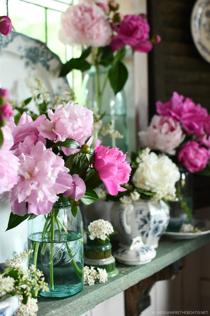 Stop and Smell the Peonies: Ball Jar Bouquets in the Potting Shed | ©homeiswheretheboatis.net #peonies #flowers #balljars #transferware #pottingshed