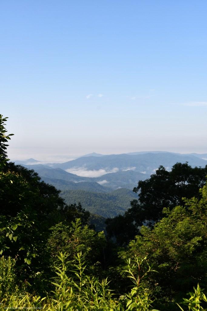 Blue Ridge Mountains in NC | ©homeiswheretheboatis.net