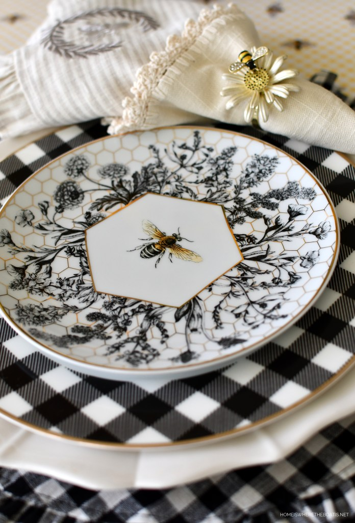 Buzzing with Bees: Black and White Buffalo Check and Bees Summer Tablescape | ©homeiswheretheboatis.net #flowers #DIY #tablescape #bees #sunflowers #summer