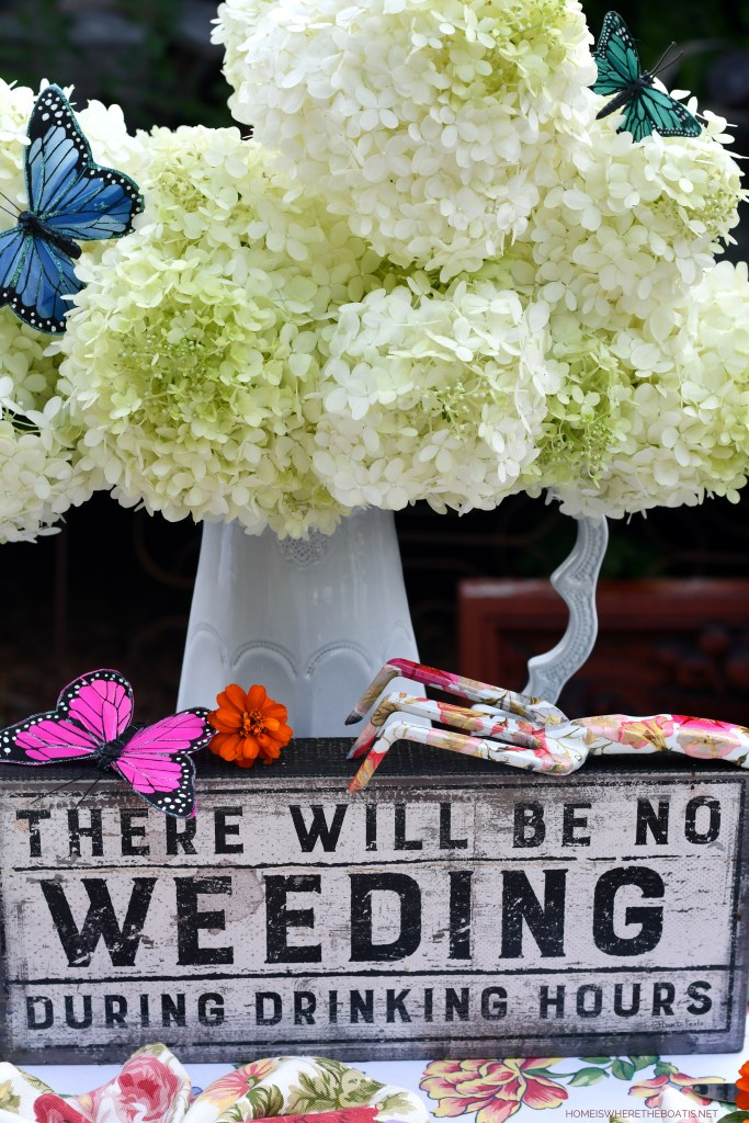 There will be no weeding during drinking hours   ©homeiswheretheboatis.net