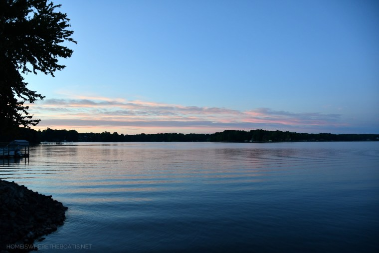 Sunrise on lake | ©homeiswheretheboatis.net #LKN #sunrise #lake