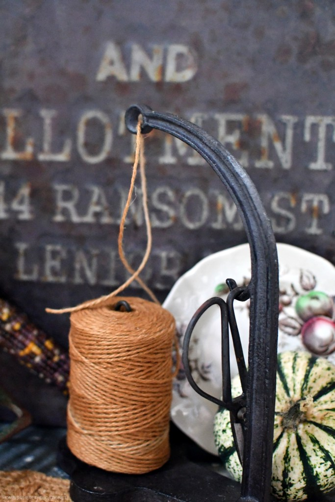 Garden twine and harvest display in the Potting Shed | ©homeiswheretheboatis.net #garden #fall #harvest #tablescape #pottingshed