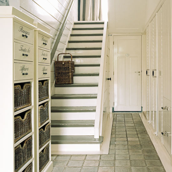 8 hallway colour schemes ideas storage hallway Hallway colour scheme ideas