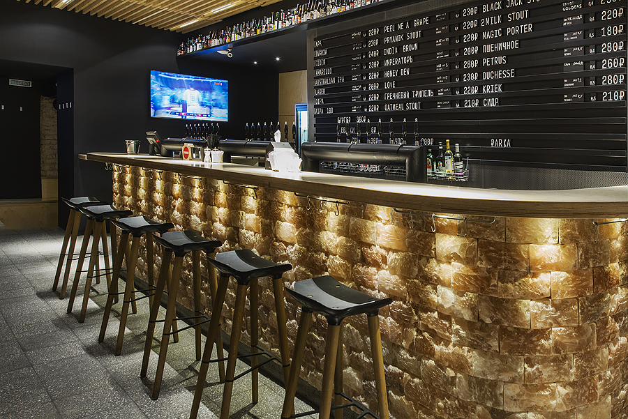 Craft Beer Bar Interior Design Project Receives an