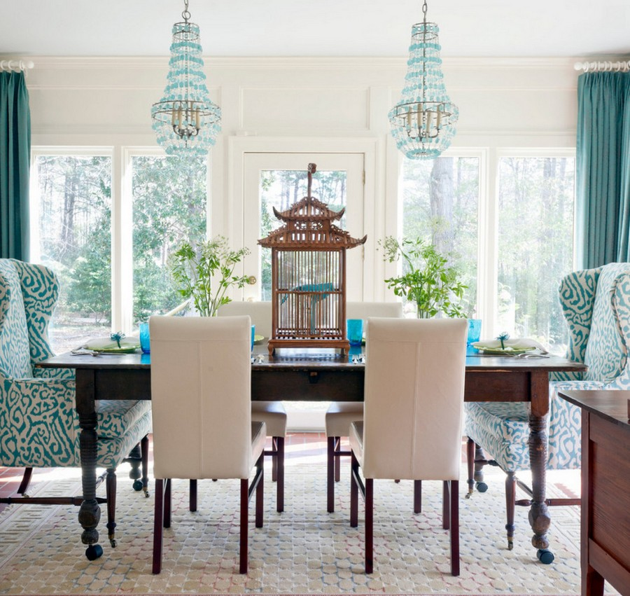 kitchen dining chairs utensil crock how to choose mismatched tastefully 7 tips home 5 1 in room