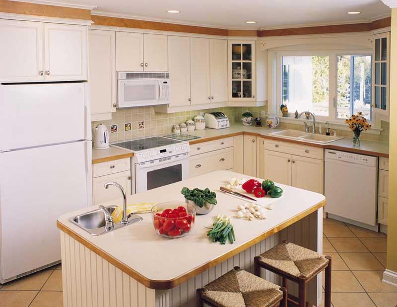 Sleek Eclectic Kitchen