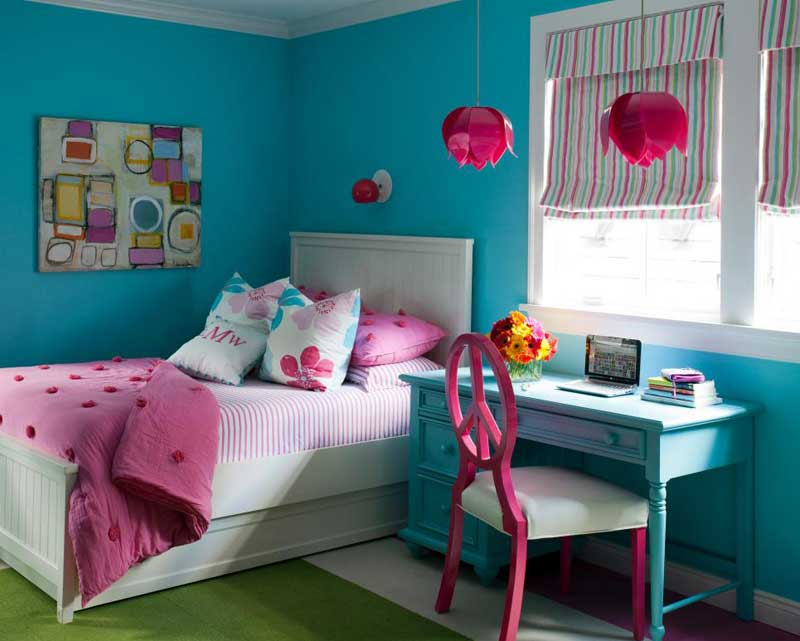 Teenage Girl Bedroom With Pink Pendant Lights