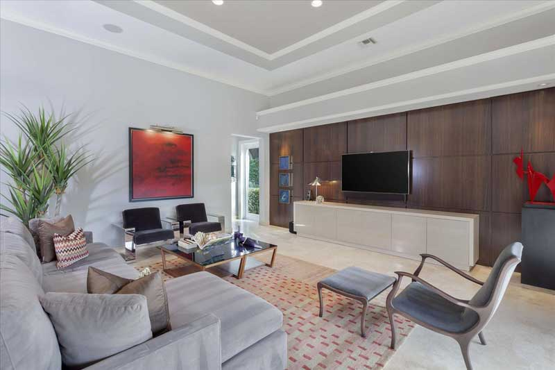 Modern Living Room with Crown Molding