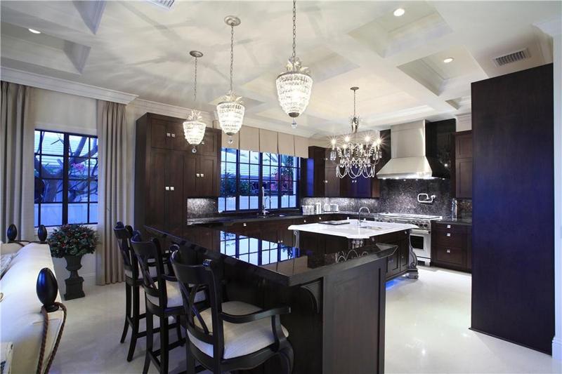 35 Beautiful Kitchen Island Lighting Ideas - Homeluf