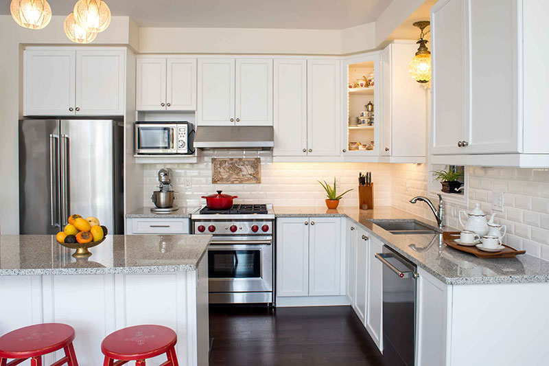 White Kitchen Design With Granite Countertops Good Looking