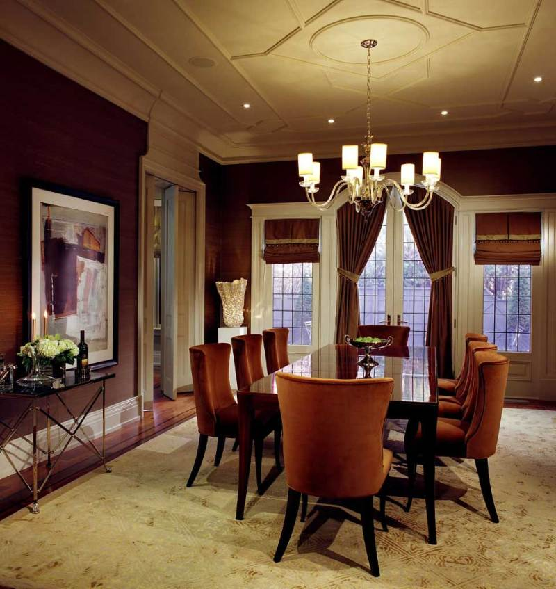 contemporary dining room with chandelier