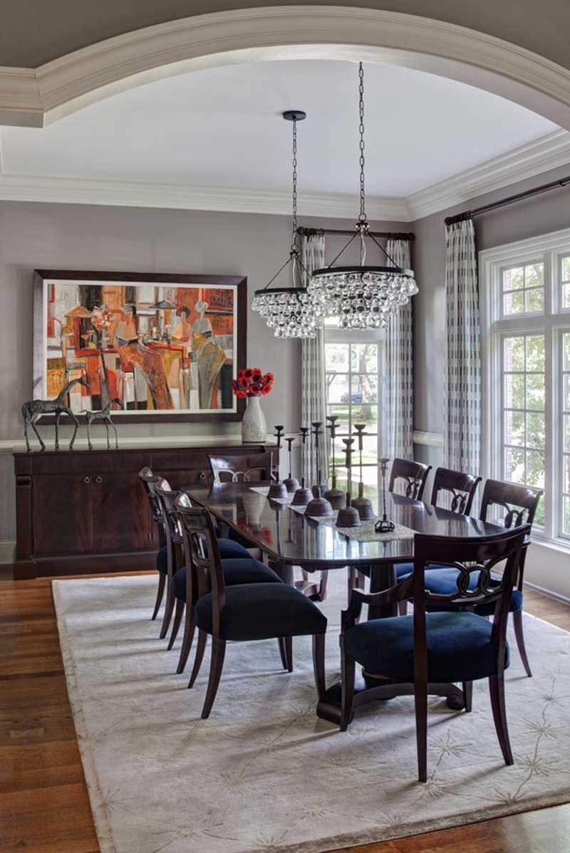 traditional dining room with glass crystal chandelier