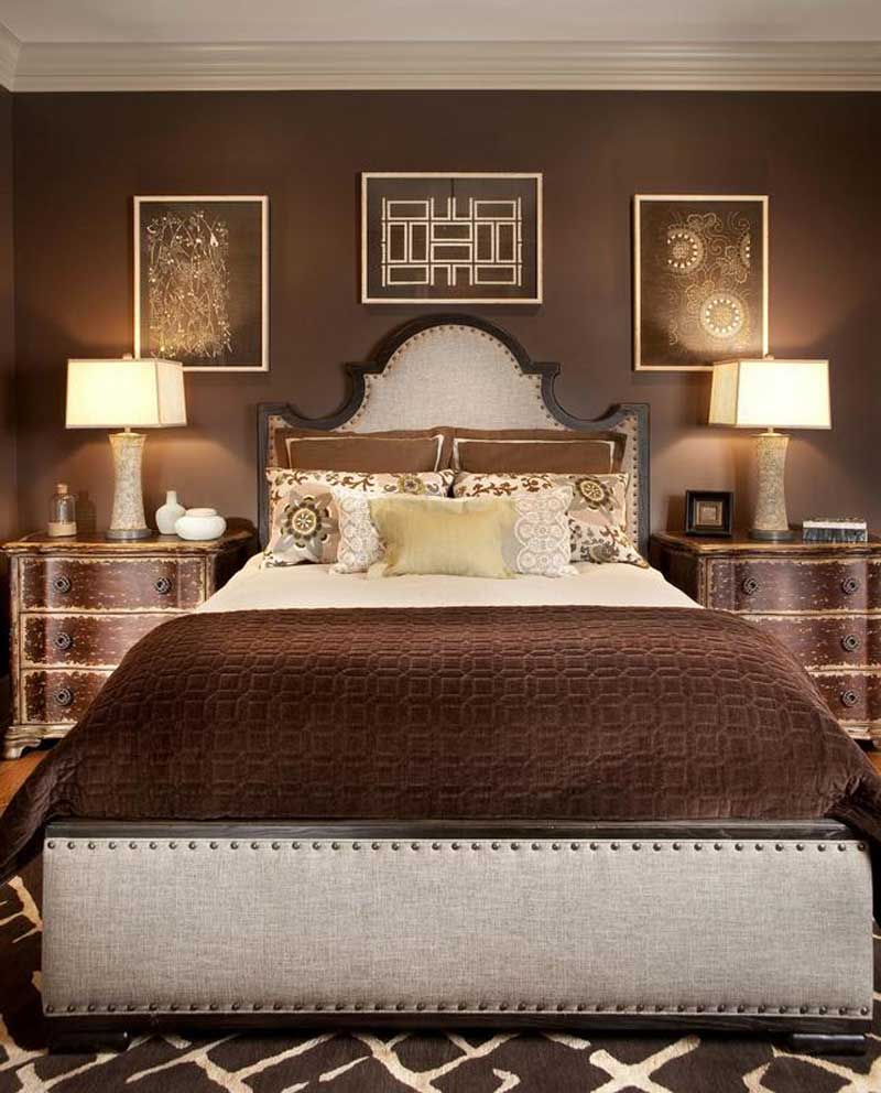 brown bedroom with table lamps