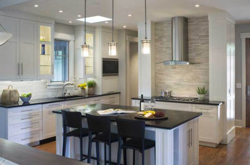 50 Modern Kitchen Lighting Ideas for Your Kitchen Island - HOMELUF