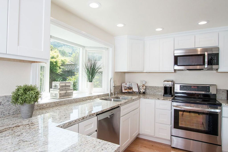 Colonial White Granite Countertops (Pictures, Cost, Pros and Cons)