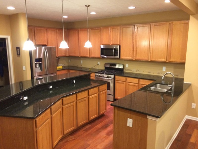 kitchen cabinets and countertops cost uba tuba granite with oak cabinets www 20024