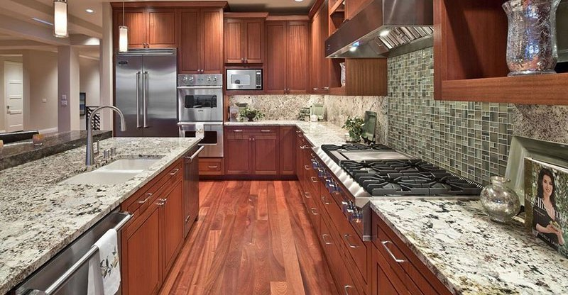 Bianco Antico Granite Countertops (Pictures, Cost, Pros and Cons)