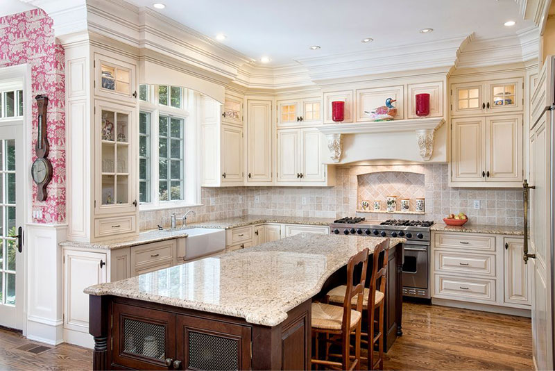 Traditional White Kitchen Design With Alaskan White Granite Countertops Part 61