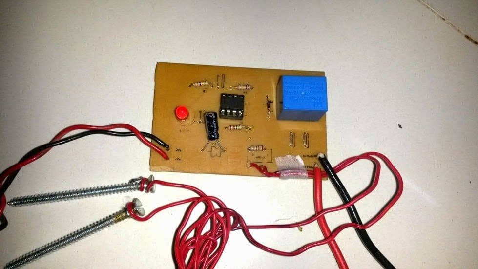 The Above Schematic Shows The 555 Timer Bistable Multivibrator Circuit