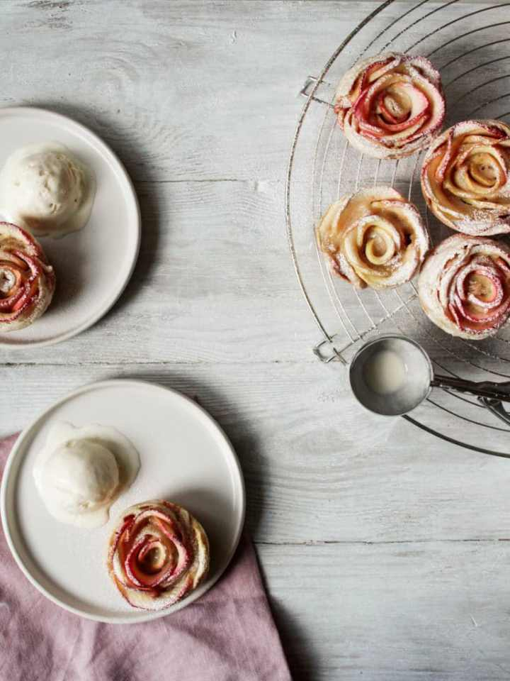 Mini apple rose tarts with ice cream