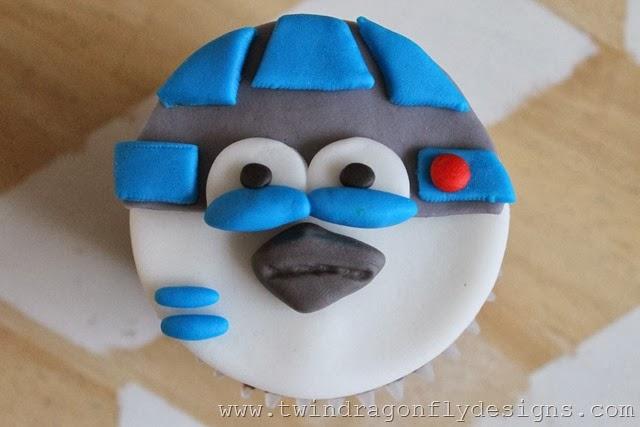 Angry Bird Star Wars Fondant Cupcake Tutorial