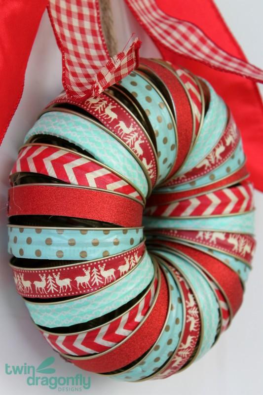 Holiday Mason Jar Lid Wreath