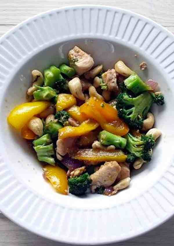 Mango Cashew Chicken – Like Takeout at Home!