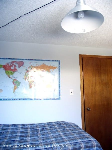 s room map and foto pendant