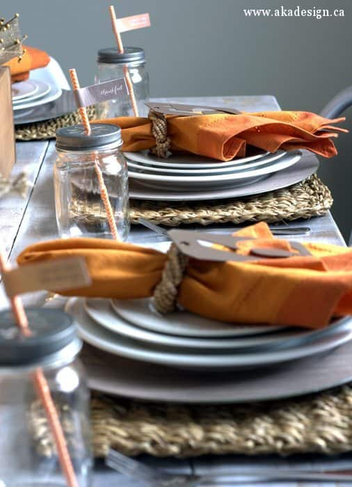 fall table orange napkins natural placemats