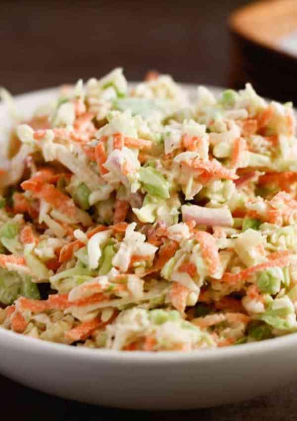 Creamy Coleslaw Recipe – Perfect for Summer Picnics, BBQs and Potlucks!