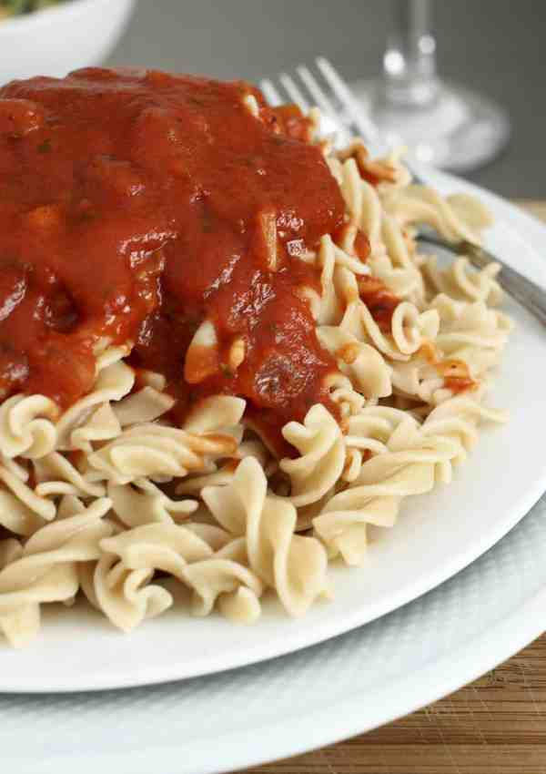 Quick Homemade Spaghetti Sauce – Ready in Under 30 Minutes!