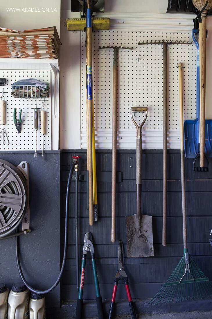 gardening tools rack