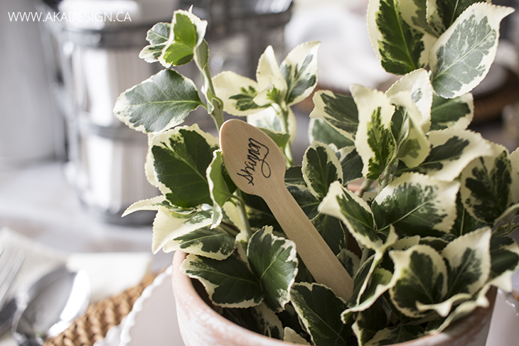 wooden spoon name card
