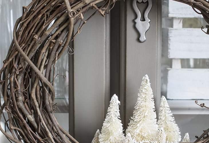 AKA Design Winter Wreath with Bottle Brush Trees