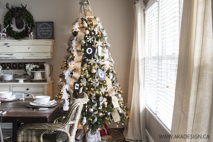 neutral and black christmas tree