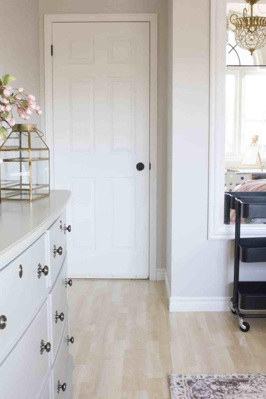 grey, blush and gold girl's bedroom makeover